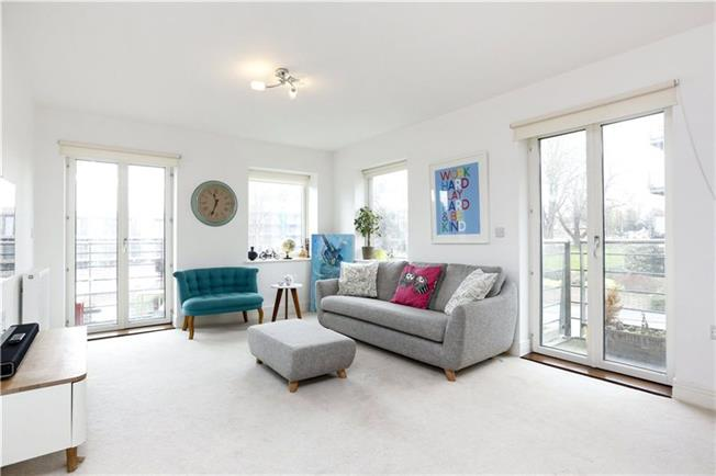 Asking Price £499,950, 2 Bedroom Flat For Sale in London, SW15