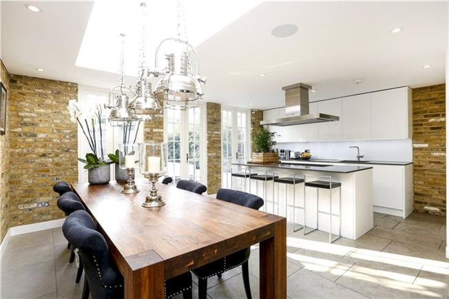 Asking Price £1,775,000, 4 Bedroom Terraced House For Sale in London, SW15