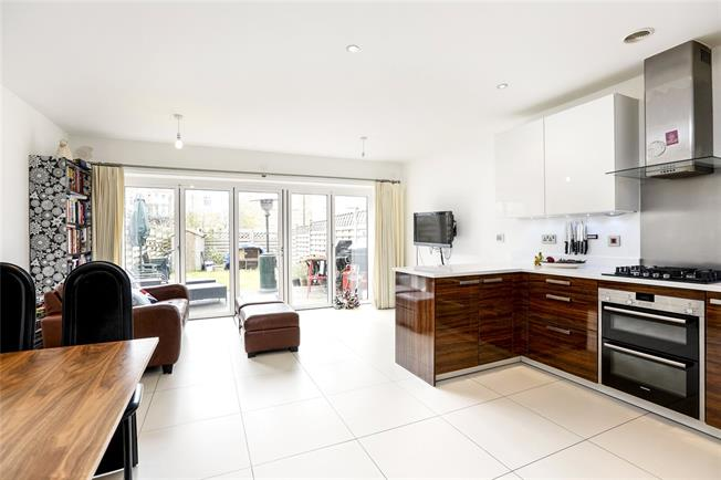 Asking Price £1,099,999, 4 Bedroom Terraced House For Sale in London, SW15
