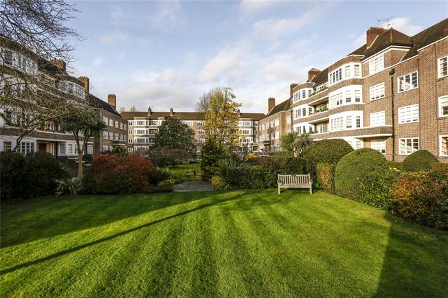 Asking Price £799,950, 4 Bedroom Flat For Sale in London, SW15
