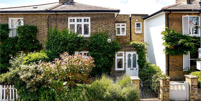 Asking Price £1,495,000, 3 Bedroom Semi Detached House For Sale in London, SW15