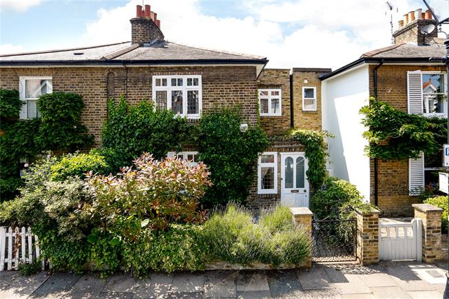 Asking Price £1,595,000, 3 Bedroom Semi Detached House For Sale in London, SW15