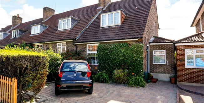 Asking Price £674,950, 3 Bedroom Terraced House For Sale in London, SW15