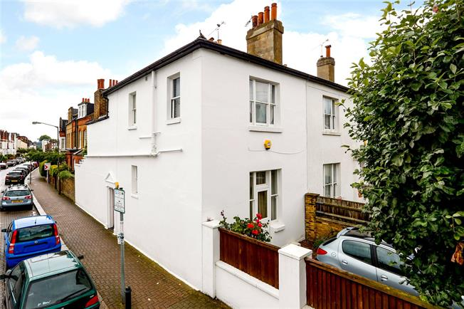 Asking Price £1,250,000, 3 Bedroom Terraced House For Sale in London, SW15