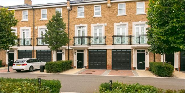 Asking Price £1,115,000, 4 Bedroom Terraced House For Sale in London, SW15