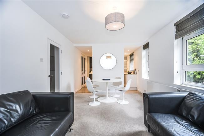 Asking Price £485,000, 2 Bedroom Flat For Sale in London, SW15