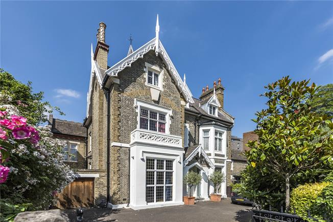 Guide Price £4,500,000, 7 Bedroom Detached House For Sale in London, SW15