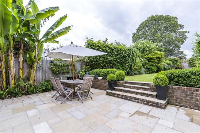 Asking Price £1,399,950, 5 Bedroom Semi Detached House For Sale in London, SW15