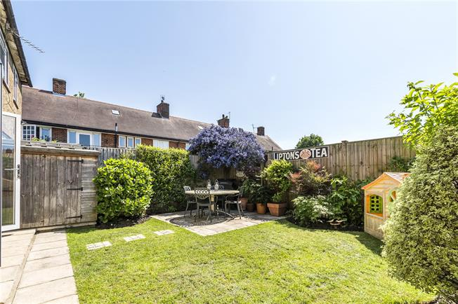 Asking Price £725,000, 3 Bedroom Terraced House For Sale in London, SW15