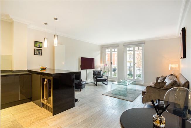 Asking Price £1,200,000, 2 Bedroom Flat For Sale in East Twickenham, TW1