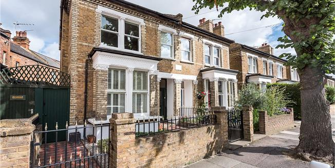 Asking Price £1,195,000, 3 Bedroom Semi Detached House For Sale in St Margarets, TW1