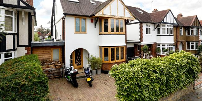 Asking Price £1,895,000, 4 Bedroom Detached House For Sale in East Twickenham, TW1