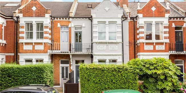 Asking Price £1,350,000, 5 Bedroom Terraced House For Sale in Twickenham, TW1