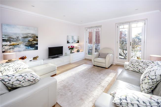 Asking Price £1,295,000, 2 Bedroom Flat For Sale in Twickenham, TW1