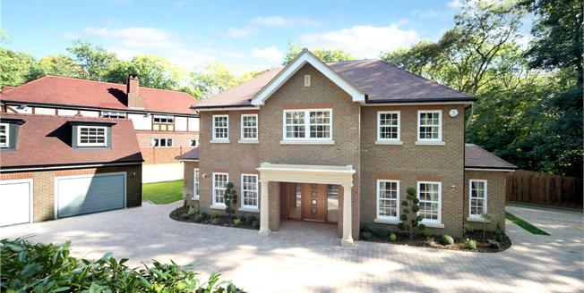 Guide Price £2,000,000, 6 Bedroom Detached House For Sale in Hertfordshire, WD3