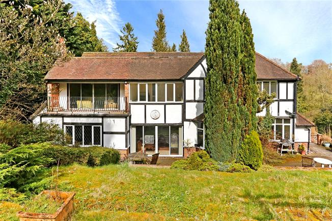 Offers in excess of £1,250,000, 4 Bedroom Detached House For Sale in Hertfordshire, HP3