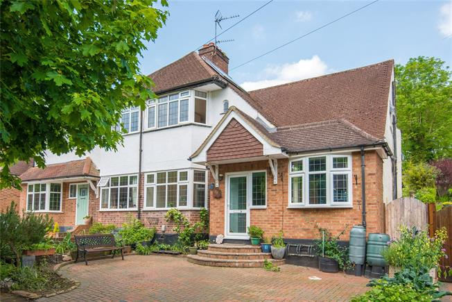 Guide Price £799,950, 3 Bedroom Semi Detached House For Sale in Rickmansworth, Hertfordsh, WD3