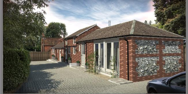 Guide Price £900,000, 3 Bedroom House For Sale in Hertfordshire, HP3