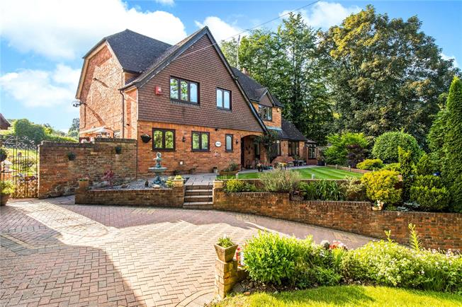Guide Price £1,399,950, 4 Bedroom Detached House For Sale in Rickmansworth, Hertfordsh, WD3