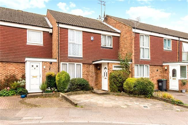 Guide Price £385,000, 3 Bedroom Terraced House For Sale in Hertfordshire, WD19
