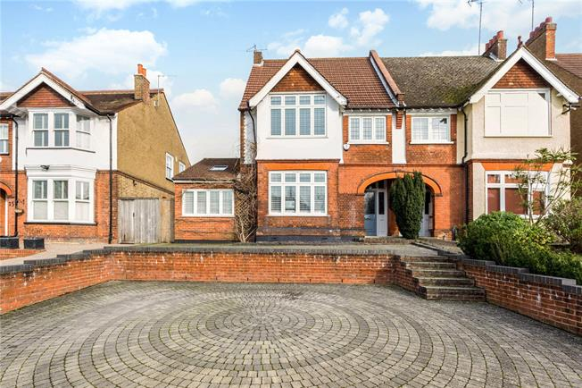 Guide Price £950,000, 4 Bedroom Semi Detached House For Sale in Watford, WD19
