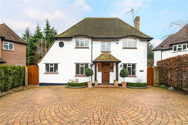 Offers in excess of £1,500,000, 5 Bedroom Detached House For Sale in Croxley Green, WD3