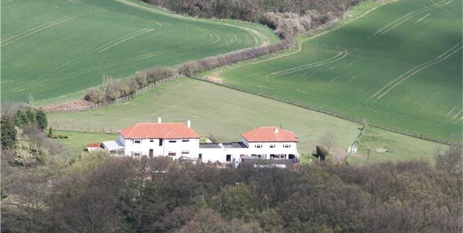 Guide Price £2,000,000, 6 Bedroom Detached House For Sale in Sandridge, AL4
