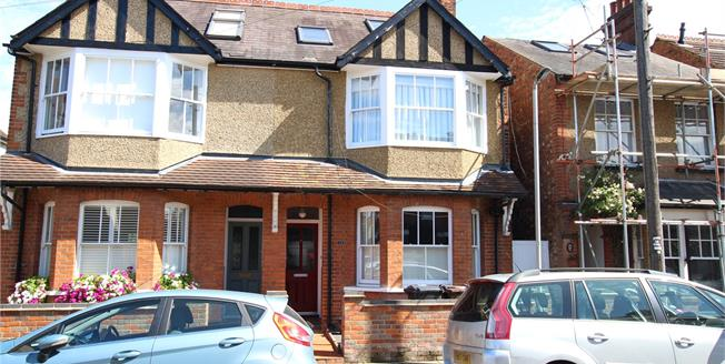 Guide Price £975,000, 5 Bedroom Semi Detached House For Sale in Hertfordshire, AL1
