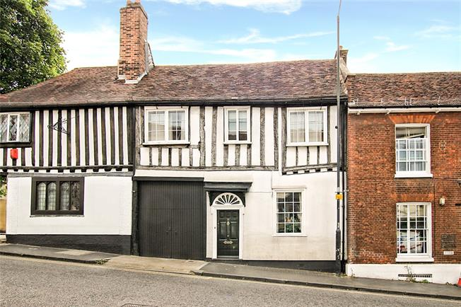Guide Price £700,000, 2 Bedroom Terraced House For Sale in St. Albans, AL1