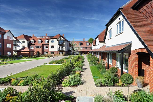 Asking Price £760,000, 3 Bedroom Flat For Sale in St Albans, Hertfordshire, AL3