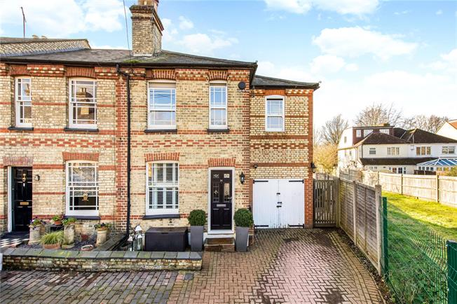 Guide Price £800,000, 3 Bedroom End of Terrace House For Sale in Hertfordshire, AL3