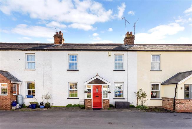 Guide Price £475,000, 4 Bedroom Terraced House For Sale in St. Albans, Hertfordshire, AL4