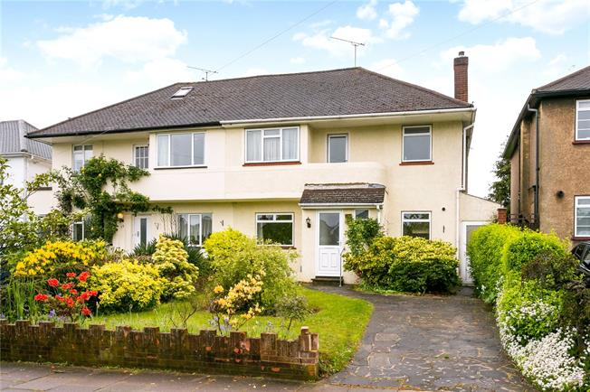 Guide Price £950,000, 3 Bedroom Semi Detached House For Sale in Hertfordshire, AL1
