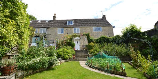 Asking Price £445,000, 4 Bedroom Semi Detached House For Sale in Brimscombe, GL5