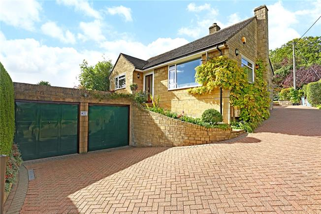 Asking Price £425,000, 3 Bedroom Bungalow For Sale in Stroud, Gloucestershire, GL5