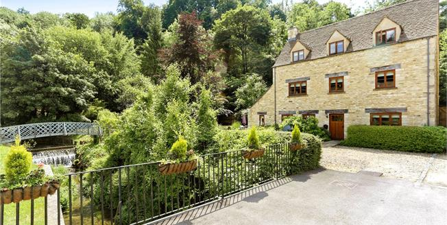 Asking Price £565,000, 4 Bedroom Detached House For Sale in Stroud, Gloucestershire, GL6