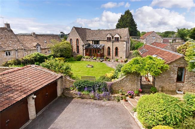 Guide Price £1,175,000, 5 Bedroom Detached House For Sale in Horsley, GL6