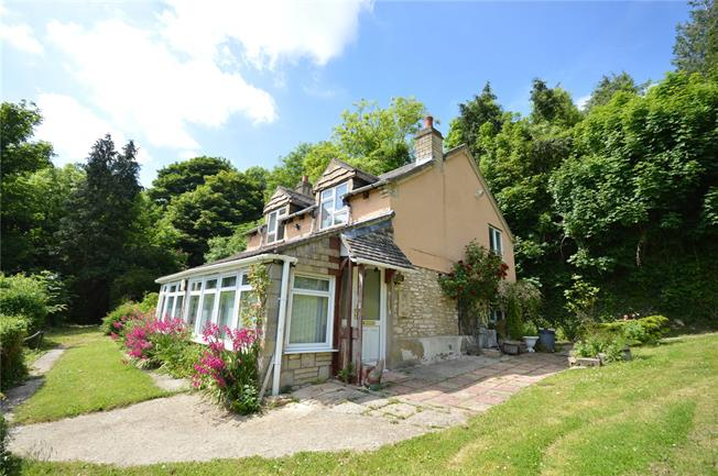 Offers in excess of £450,000, 3 Bedroom Detached House For Sale in Nailsworth, GL6
