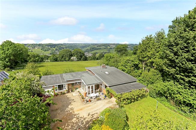 Guide Price £650,000, 4 Bedroom Bungalow For Sale in Minchinhampton, GL6
