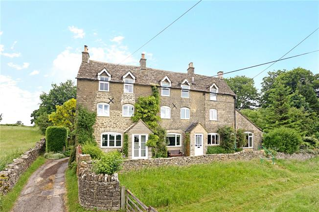 Guide Price £480,000, 3 Bedroom Terraced House For Sale in Minchinhampton, GL6