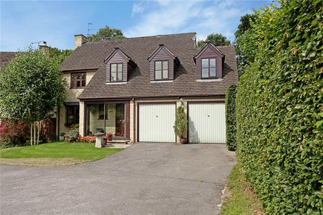 Asking Price £430,000, 4 Bedroom Detached House For Sale in North Woodchester, GL5