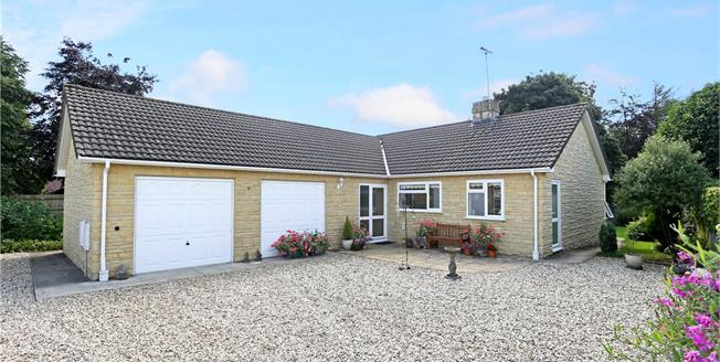 Asking Price £475,000, 3 Bedroom Bungalow For Sale in Eastcombe, Stroud, GL6