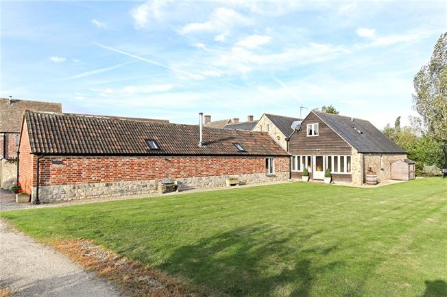Asking Price £860,000, 4 Bedroom House For Sale in Standish, GL10