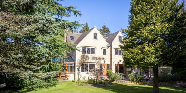 Offers in excess of £900,000, 4 Bedroom Detached House For Sale in Rodborough Common, GL5