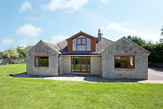 Offers in the region of £500,000, 4 Bedroom Detached House For Sale in Minchinhampton, GL6