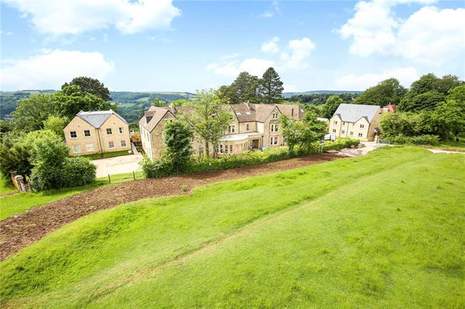 Guide Price £895,000, 4 Bedroom Detached House For Sale in Stroud, Gloucestershire, GL5