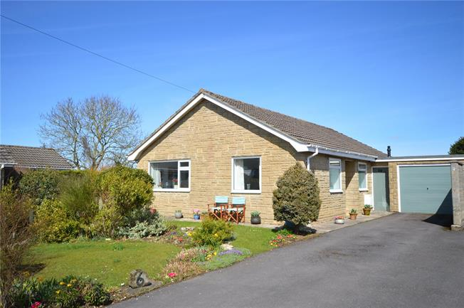 Offers in excess of £385,000, 3 Bedroom Bungalow For Sale in Eastcombe, GL6