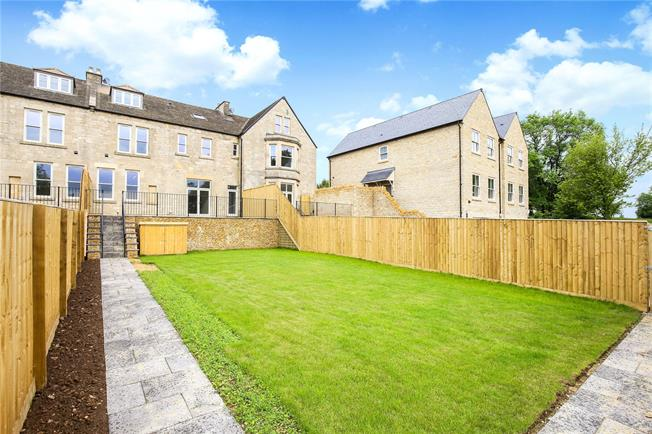 Offers in the region of £850,000, 5 Bedroom Terraced House For Sale in Minchinhampton Common, St, GL5