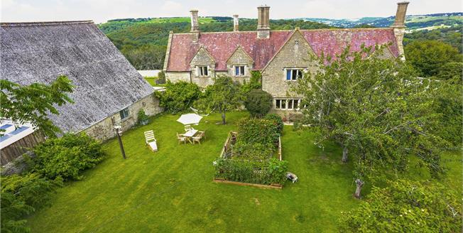 Guide Price £1,500,000, 4 Bedroom Detached House For Sale in Stroud, Gloucestershire, GL6