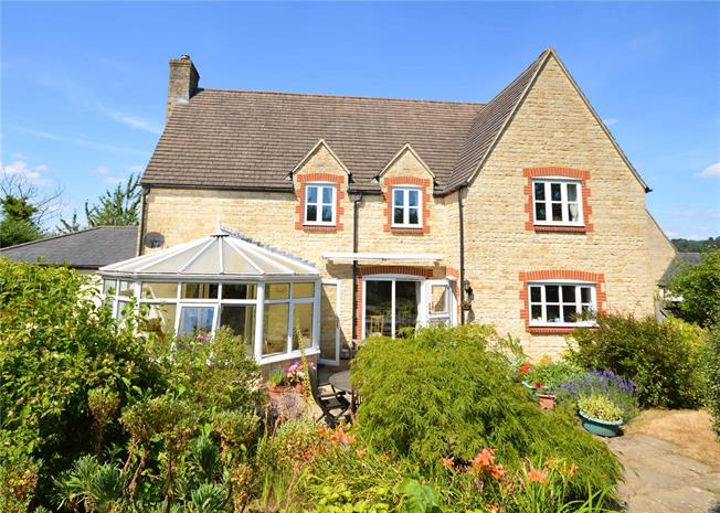 Guide Price £649,995, 5 Bedroom Detached House For Sale in North Nibley, GL11